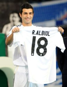n_real_madrid_raul_albiol-313882